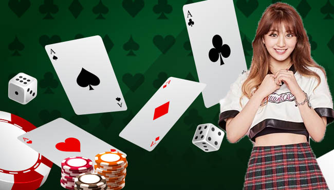 Advantages and Disadvantages of Playing Poker Online